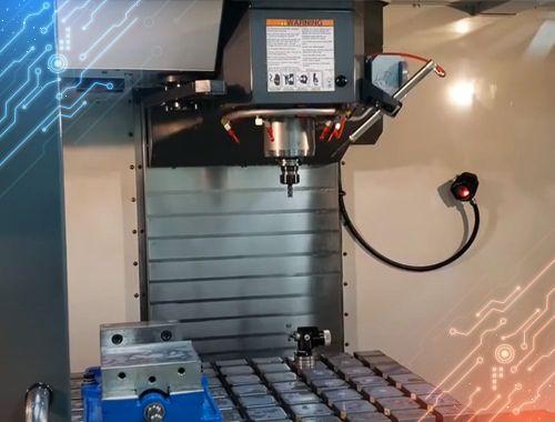 Hitec | Centro de Maquinado Vertical precisión y control en alta velocidad
